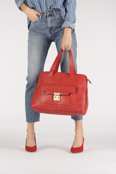 Handtaschen Paul & Joe Sister CALVINA rot ansicht von unten / tasche getragen