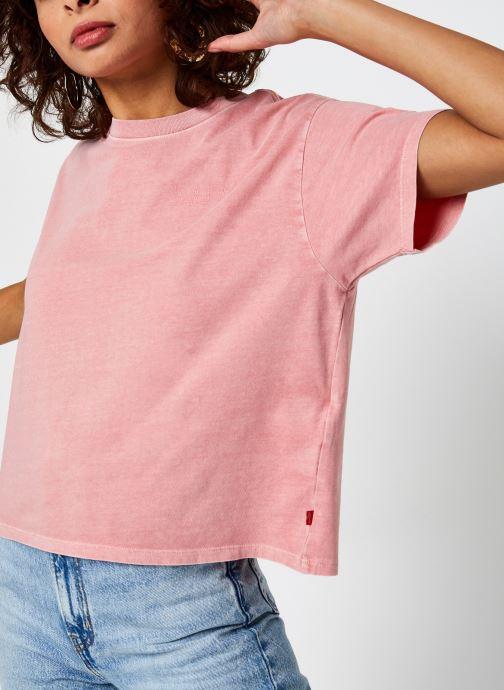 Vêtements Levi's Graphic Varsity Tee Rose vue détail/paire