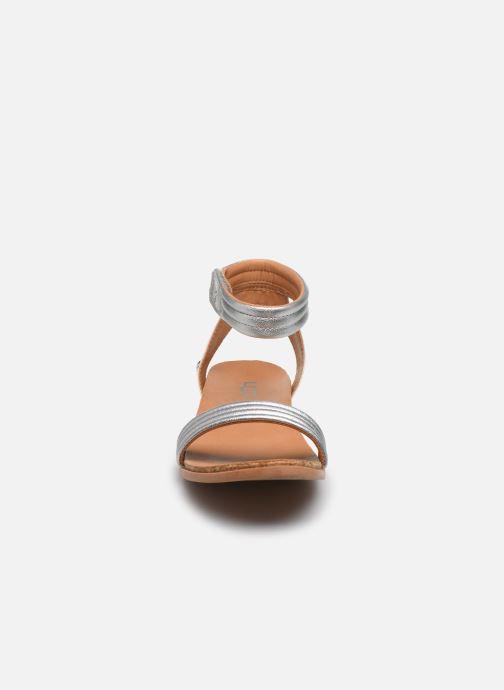 Sandalen UGG K ETHENA silber schuhe getragen