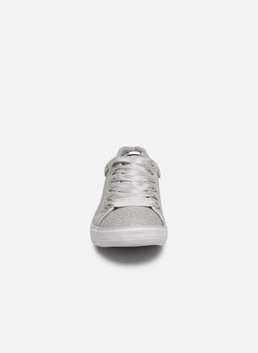Baskets Mustang shoes Kolia Argent vue portées chaussures