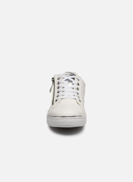 Baskets Mustang shoes Glyfada Blanc vue portées chaussures