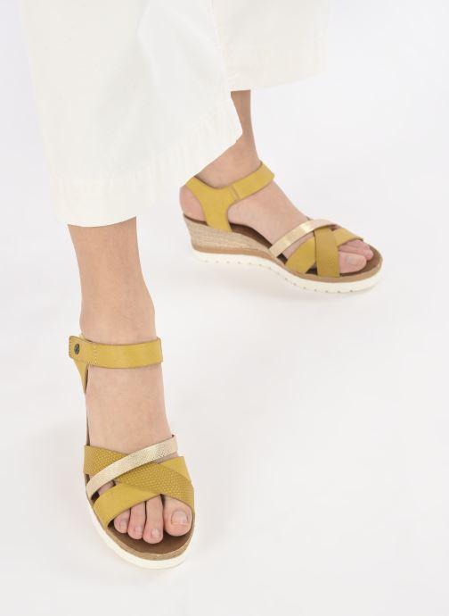 Sandalen Mustang shoes Mhadi gelb ansicht von unten / tasche getragen