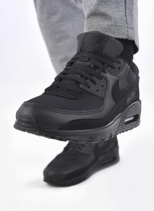 Baskets Nike AIR MAX 90 M Noir vue bas / vue portée sac