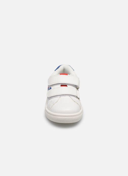 Baskets Absorba Dilbis Blanc vue portées chaussures