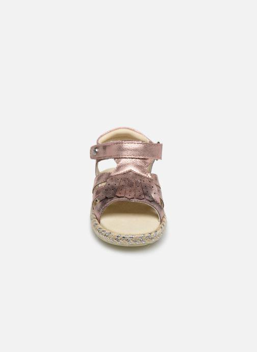Sandali e scarpe aperte Absorba Dolores Rosa modello indossato