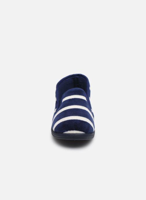 Pantuflas Absorba Ventil Azul vista del modelo