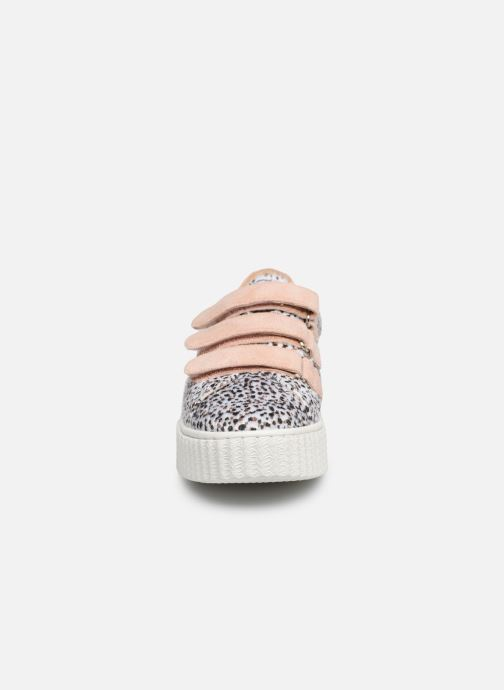 Baskets Vanessa Wu BK2128 Rose vue portées chaussures