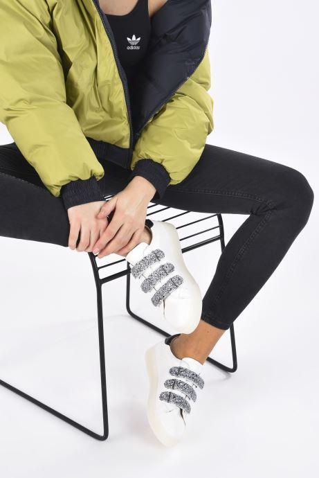 Sneakers Vanessa Wu BK2133-1 Bianco immagine dal basso
