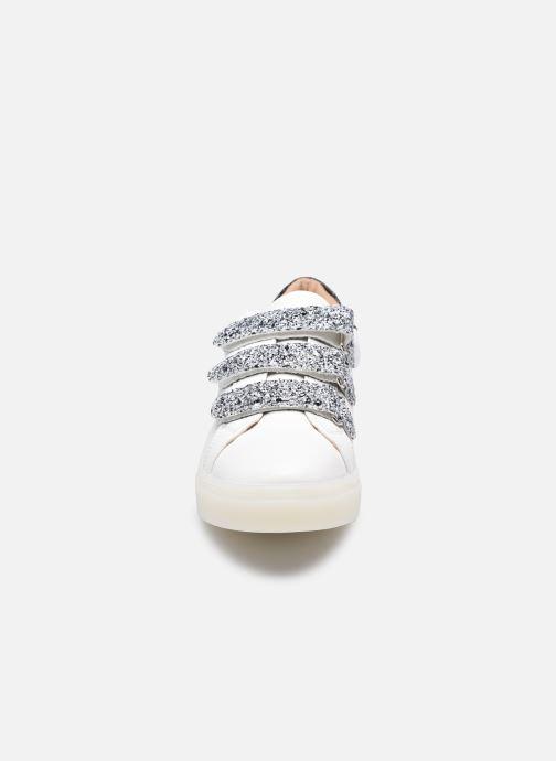 Sneakers Vanessa Wu BK2133-1 Bianco modello indossato