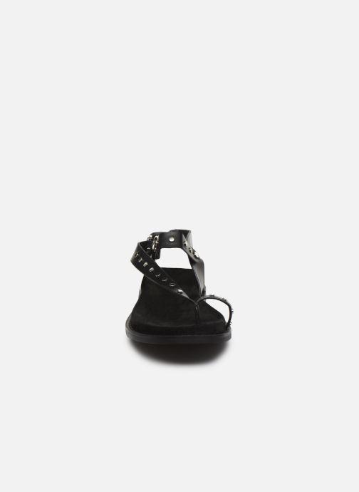 Sandali e scarpe aperte Vanessa Wu SD2139 Nero modello indossato