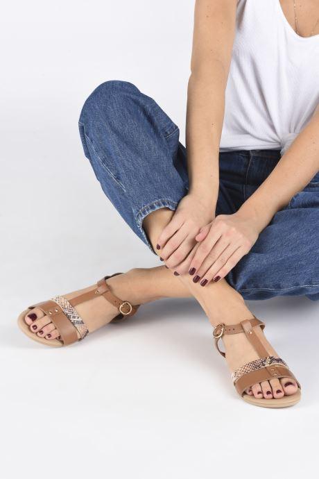 Sandales et nu-pieds Georgia Rose Diloupa Marron vue bas / vue portée sac