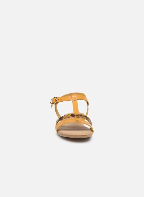Sandales et nu-pieds Georgia Rose Diloupa Jaune vue portées chaussures