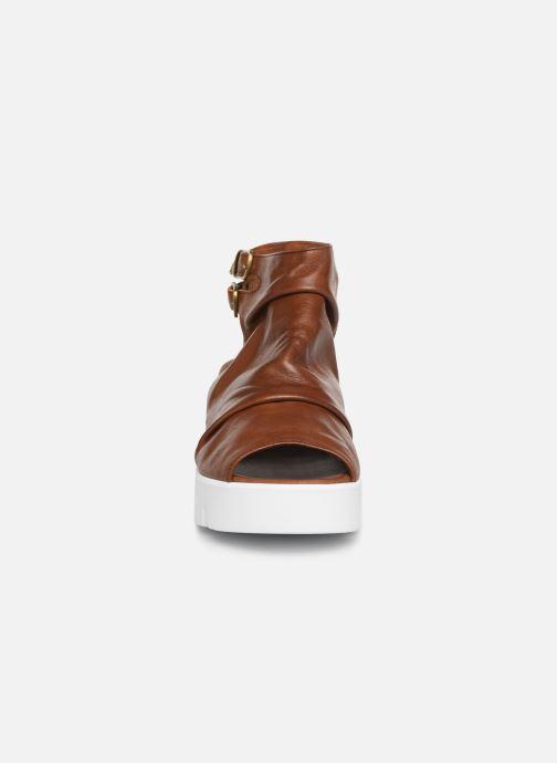 Sandales et nu-pieds Sweet Lemon L.16.SABRI Marron vue portées chaussures
