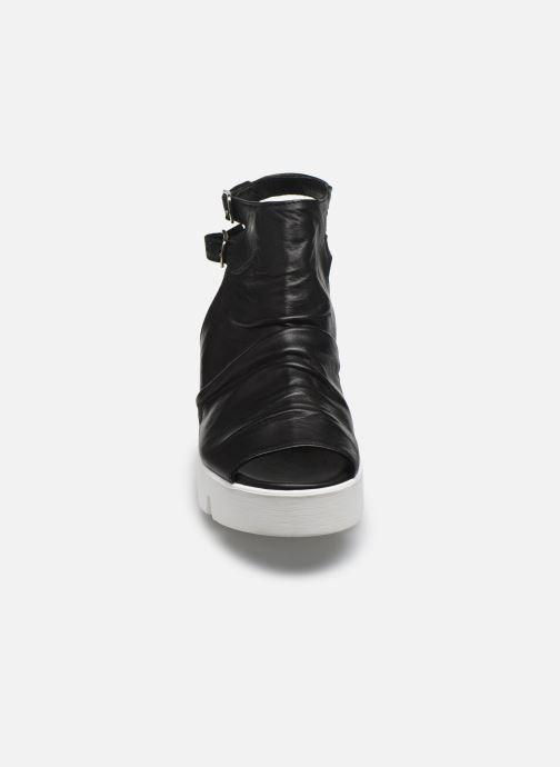 Sandales et nu-pieds Sweet Lemon L.16.SABRI Noir vue portées chaussures