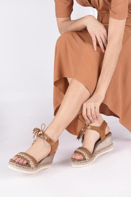 Sandales et nu-pieds Refresh 64086 Marron vue bas / vue portée sac