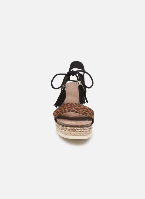 Sandales et nu-pieds Refresh 69698 Marron vue portées chaussures