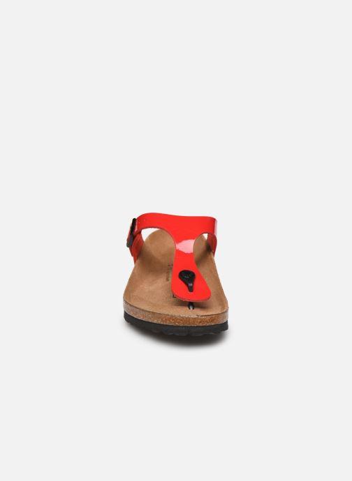 Mules et sabots Birkenstock Gizeh Flor W Rouge vue portées chaussures