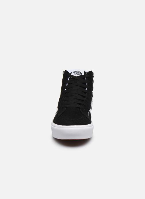 Baskets Vans ComfyCush SK8-H V Noir vue portées chaussures