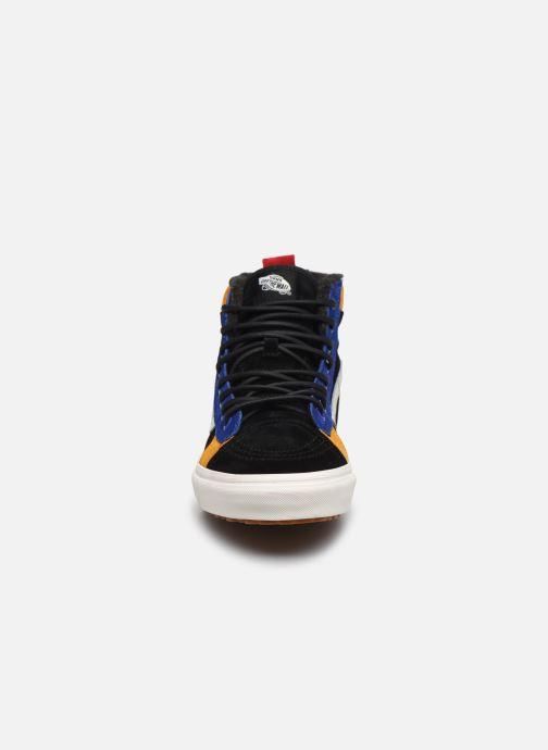 Baskets Vans SK8-Hi 46 MTE DX V Noir vue portées chaussures