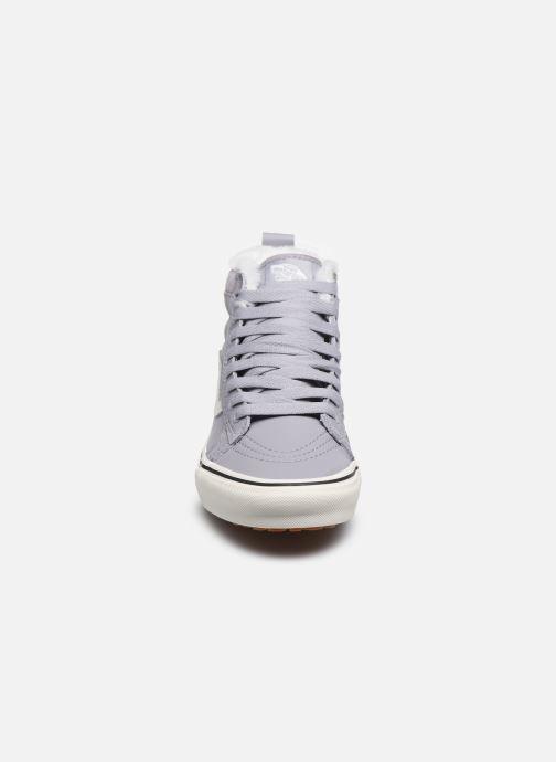 Baskets Vans SK8-Hi W MTE V Gris vue portées chaussures