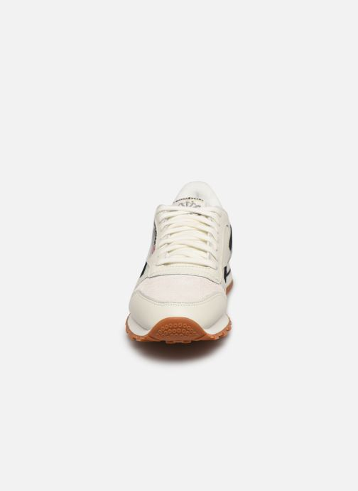 Sneakers Reebok Cl Lthr W Bianco modello indossato