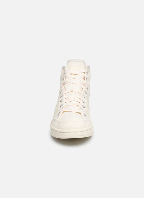 Deportivas adidas originals Americana Decon Blanco vista del modelo