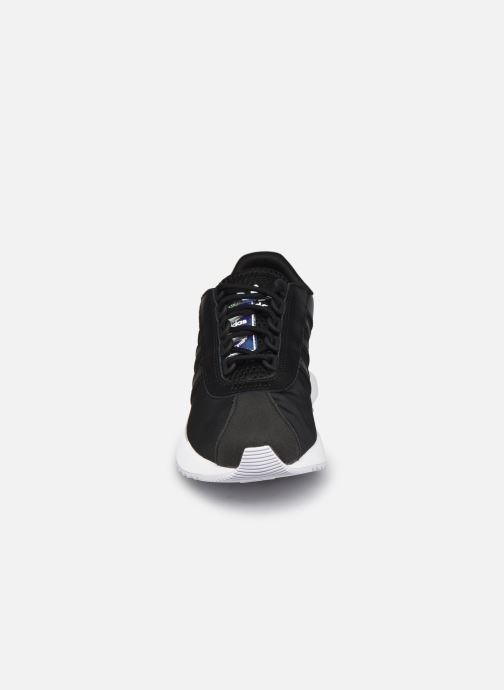Sneakers adidas originals Sl Fashion W Nero modello indossato
