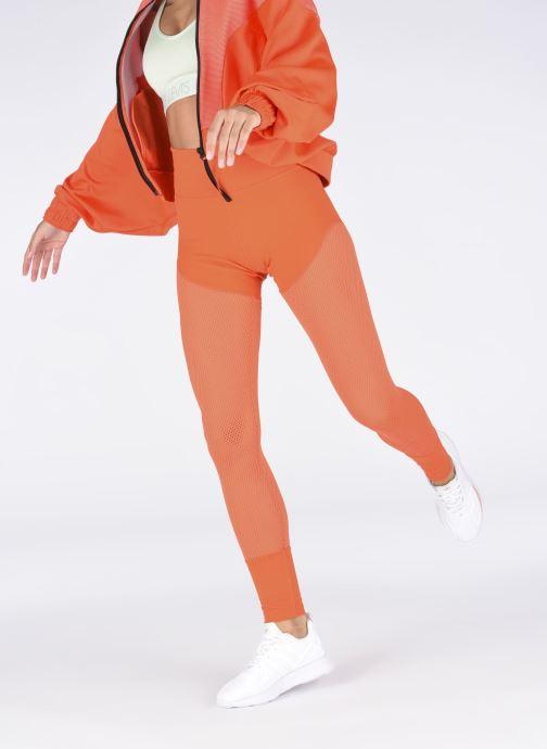Sneaker adidas originals Zx Fuse Adiprene X W weiß ansicht von unten / tasche getragen