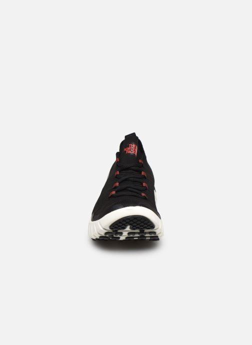 Scarpe sportive The North Face Oscilate Nero modello indossato