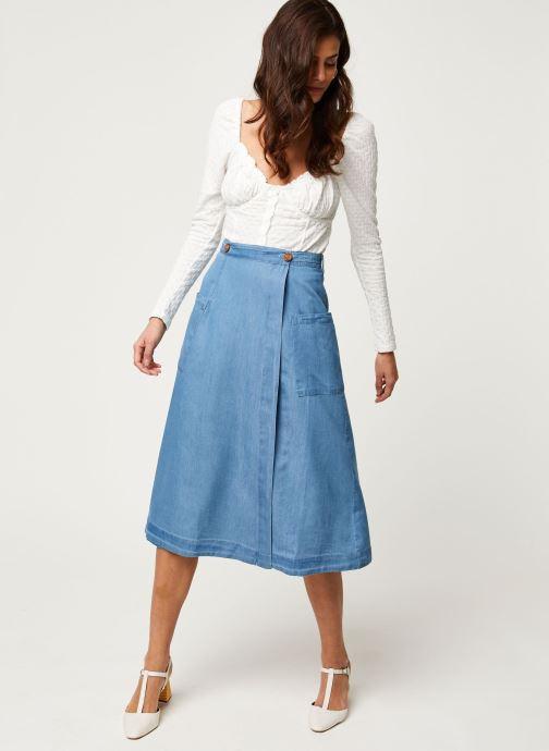 Vêtements Louche Jupe Ari Chambray Bleu vue bas / vue portée sac