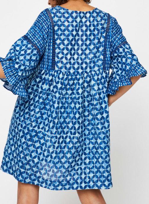 Vêtements La Cabane de Stella ROBE COURTE HAWAI Bleu vue portées chaussures