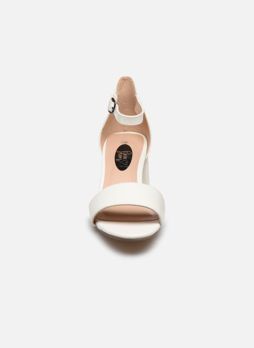 Sandales et nu-pieds I Love Shoes Thavoue Blanc vue portées chaussures