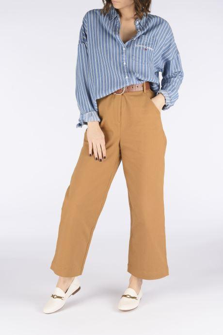 Slipper Coach Helena C Chain Loafer- Leather weiß ansicht von unten / tasche getragen