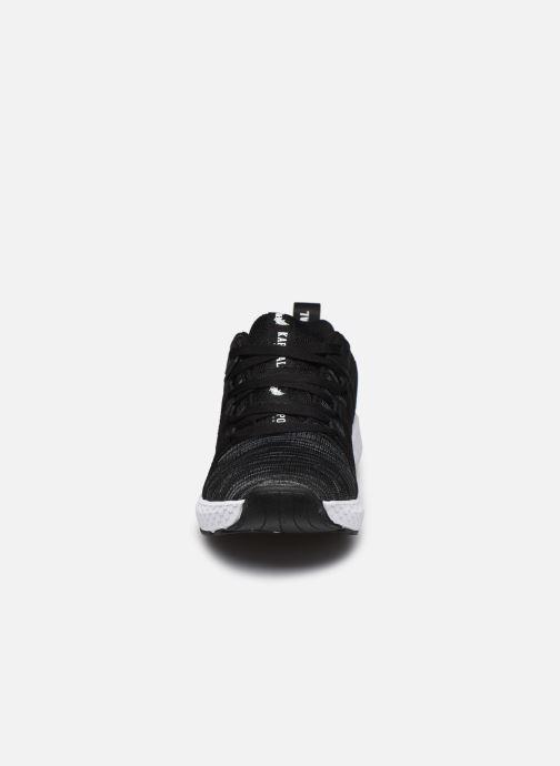 Sneakers Kaporal Distol Nero modello indossato