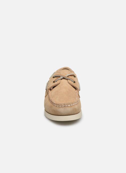 Scarpe con lacci Sebago PORTLAND SUEDE K Marrone modello indossato