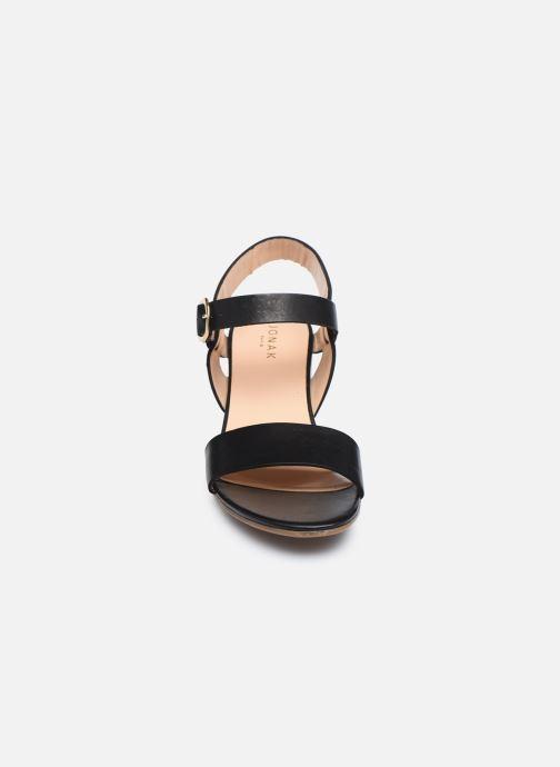 Sandali e scarpe aperte Jonak FELICITA Nero modello indossato