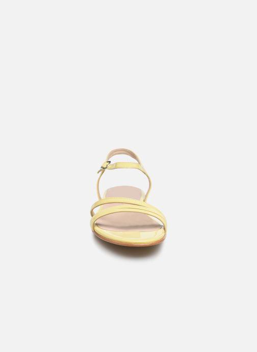 Sandalen Jonak AMELIKA gelb schuhe getragen