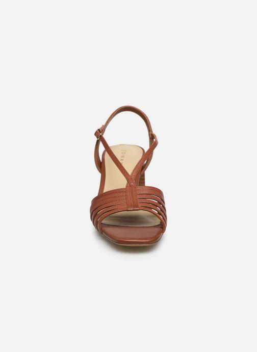 Sandalen Jonak SERA braun schuhe getragen