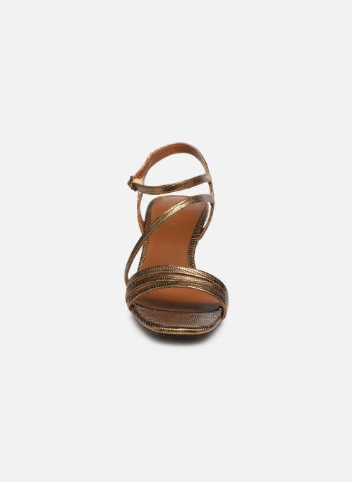 Sandali e scarpe aperte Jonak SHEILA Oro e bronzo modello indossato