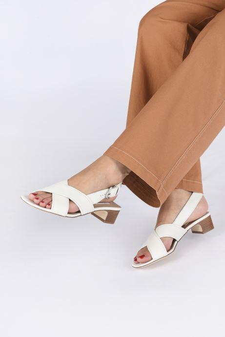 Sandales et nu-pieds L.K. Bennett NOAH Blanc vue bas / vue portée sac