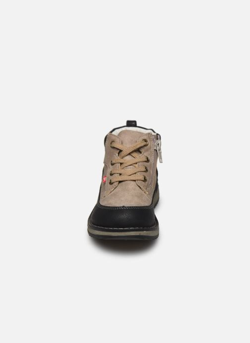 Bottines et boots NA! Annee Gris vue portées chaussures