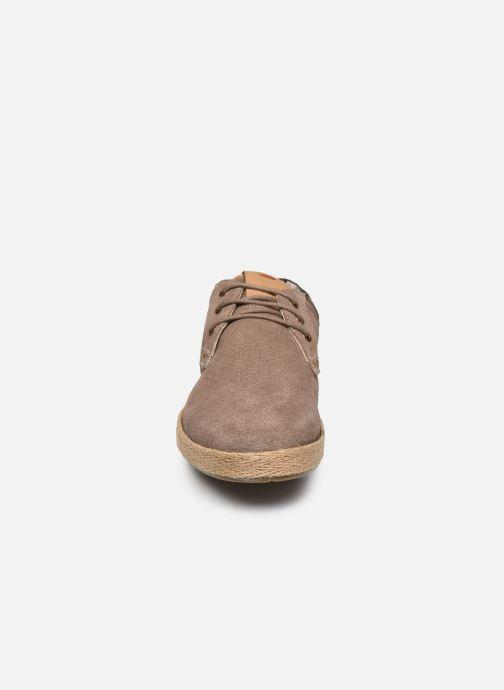 Zapatos con cordones Roadsign Lenkis Beige vista del modelo