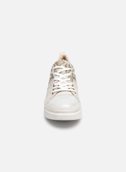 Sneakers Khrio DORIS Argento modello indossato