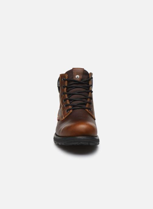 Bottines et boots Levi's Arrowhead Marron vue portées chaussures