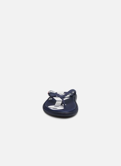 Tongs Levi's Delamar L Bleu vue portées chaussures
