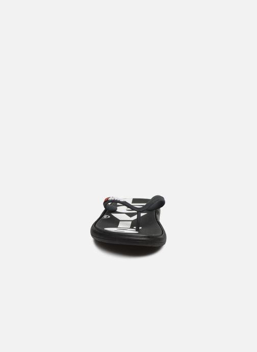 Zehensandalen Levi's Delamar L schwarz schuhe getragen