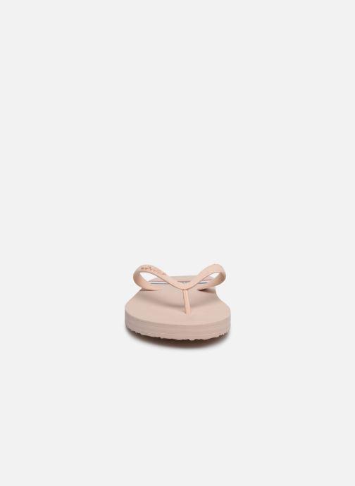 Tongs Levi's Dixon 2.0 Rose vue portées chaussures