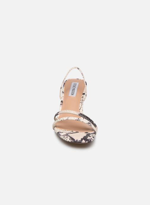 Sandales et nu-pieds Steve Madden LOFT Beige vue portées chaussures