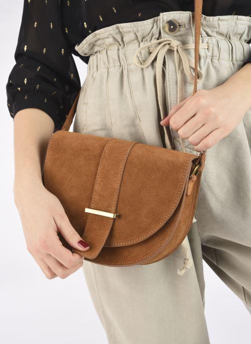 Handtaschen Georgia Rose Mori Leather braun ansicht von unten / tasche getragen