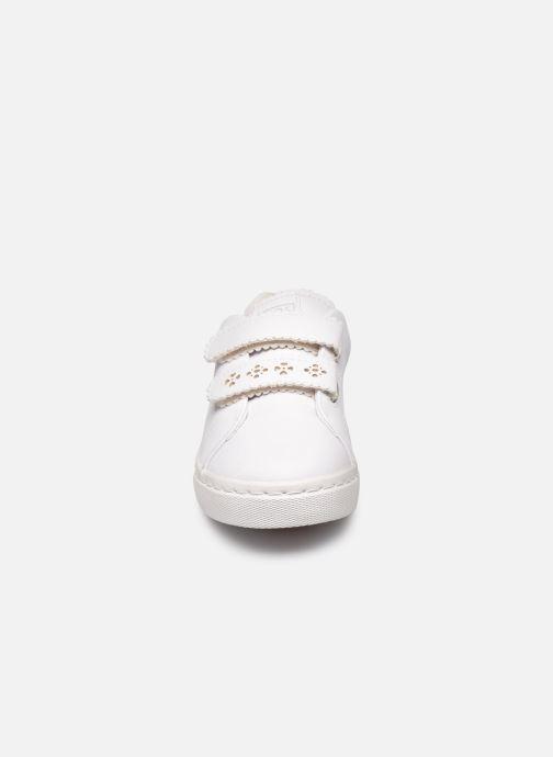 Sneakers Gioseppo 47363 Bianco modello indossato
